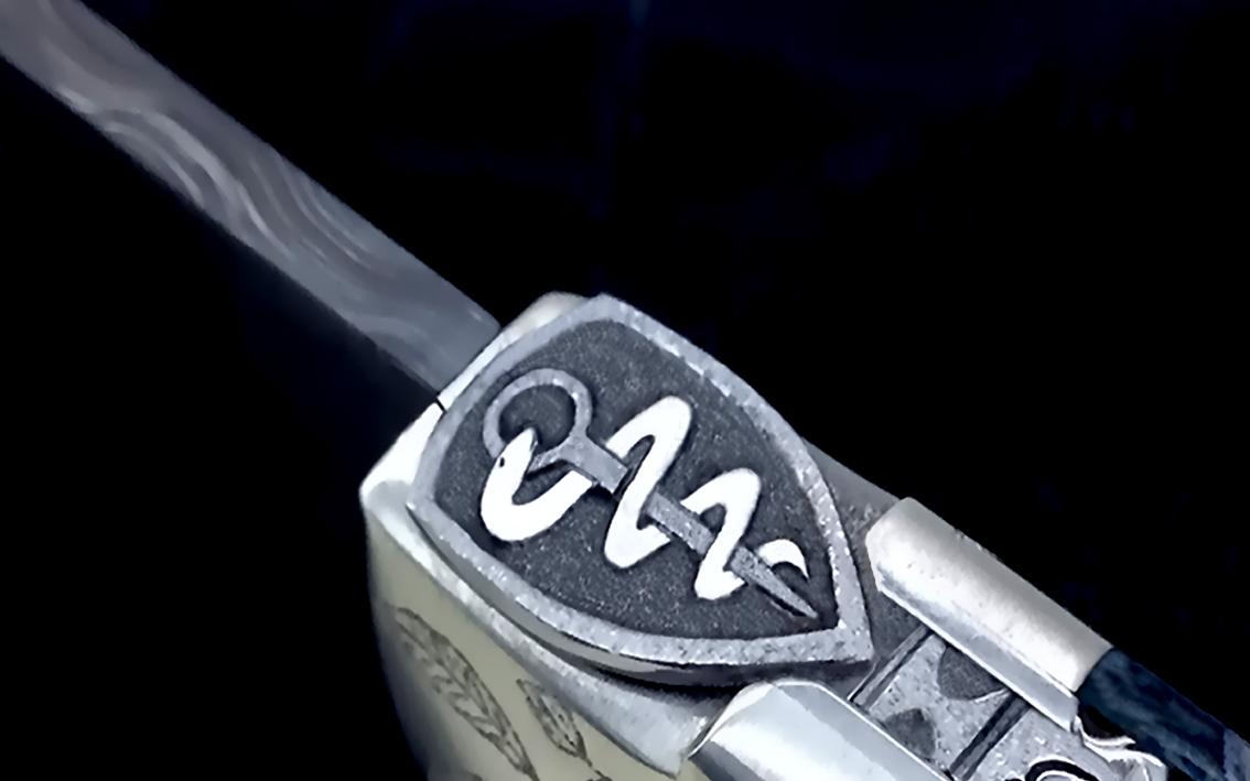 motif caducee couteau CL 01