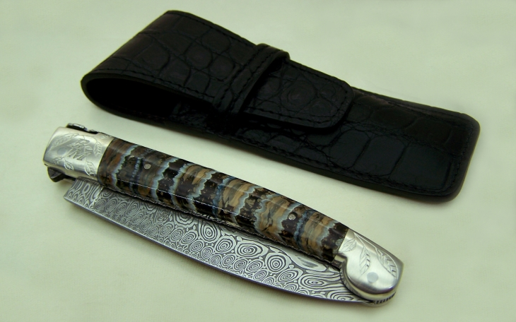 couteau Alpin lame damas explosion manche ivoire de mammouth stabilisé