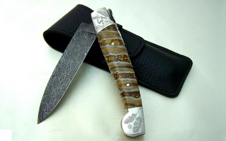 Couteau d'art CL01 ressort ciselé tour echec manche ivoire argent et molaire de mammouth