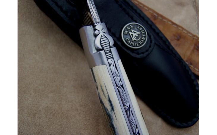 Couteau Laguiole 12 cm molaire de mammouth et lame sculpté de feuilles